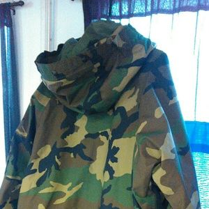 military Jackets & Coats - Mens cold weather parka